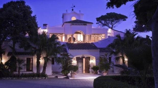 La mansión de 50 millones de euros por la noche