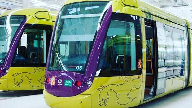 Vagones del tranvía de Jaén