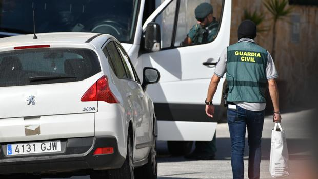 La Guardia Civil, durante una operación