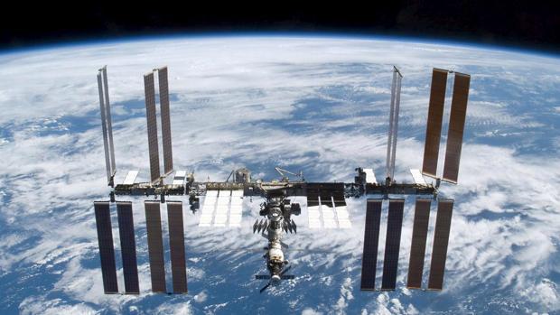 Fotografía de la Estación Espacial Internacional, un esfuerzo conjunto de la NASA, la ESA, Rusia y Canadá