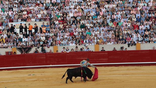 La plaza de toros de Morón acoge un festejo el 24 de marzo
