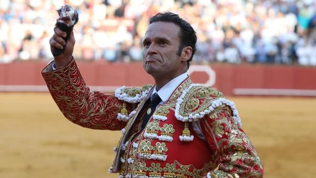 Antonio Ferrera corta una oreja en el coso sevillano