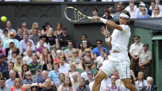 Rafa Nadal durante el torneo de Wimbledon en 2012