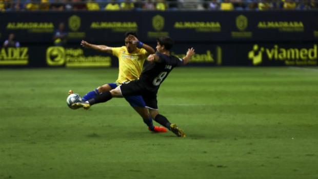 El lateral derecho es duda para el partido contra el Almería.