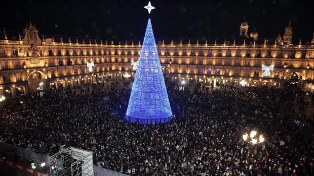 La Plaza Mayor de Salamanca durante la celebración de la Nochevieja Universitaria