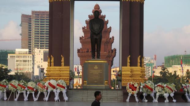 Monumento de la Independencia en Phonm Pehn, Camboya