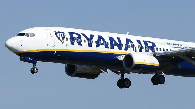 Ryanair ha subrayado como aspectos con una incidencia negativa en sus cuentas la subida del precio del combustible