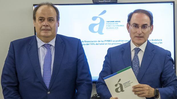 Jose Maria Vera y Javier Gonzalez de Lara, director general y presidente de Garántia, respectivamente