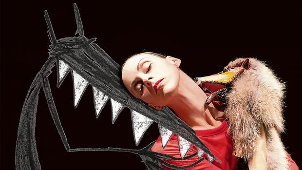 Representación de Cas Public sobre Caperucita