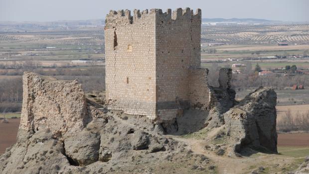 Castilla de Oreja, en la localidad de Ontígola