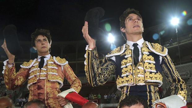 Roca Rey y Castella, a hombros en la Feria de Granada