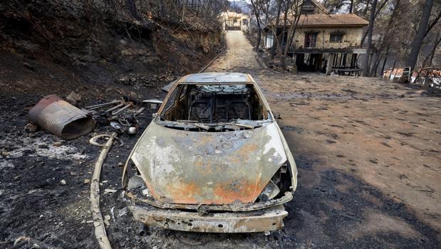 Vista de los daños causados en la urbanización Las Cumbres