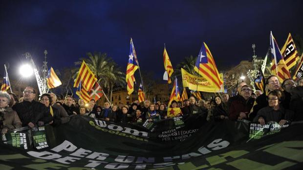 Manifestación independentista en favor de la inmersión ligüística