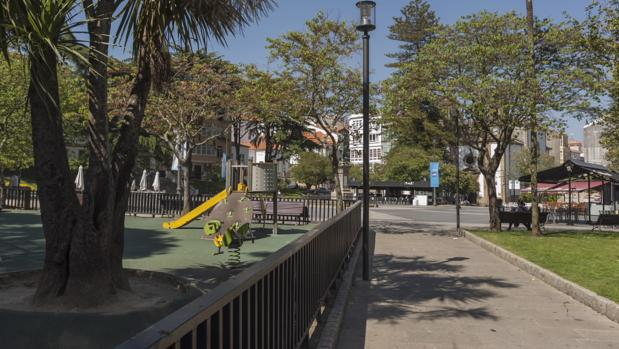 Los hechos ocurrieron en el parque infantil de la plaza de Amboage