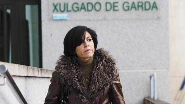 La magistrada Pilar de Lara, frente a los juzgados de Lugo