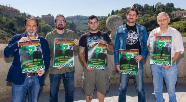 Javi Mateo, Diego Mejías, Samuel, Fernando Ferrera y Alejandro Cano, en la presentación del «Tajo Rock»
