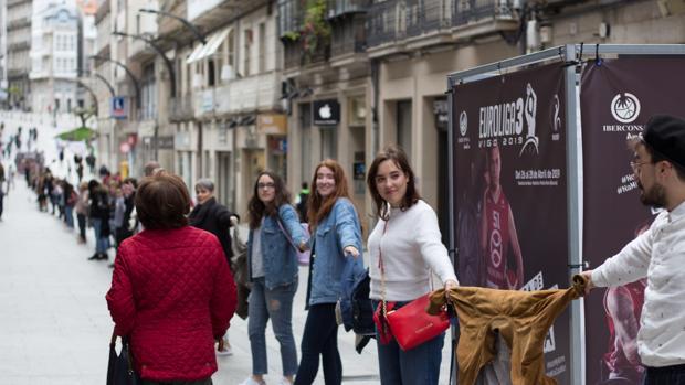 Cadena humana organizada en Vigo