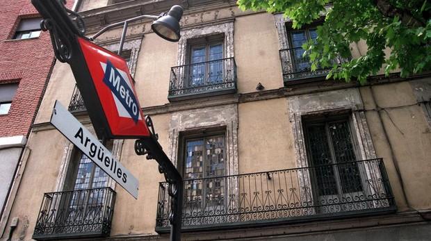 Estación de Metro de Argüelles, una de las afectadas por las obras