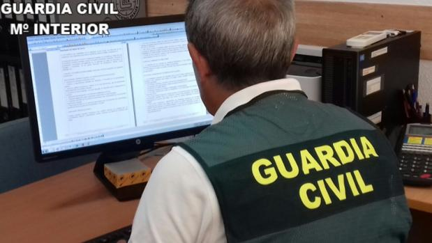 Imagen de la operación llevada a cabo por la Guardia Civil