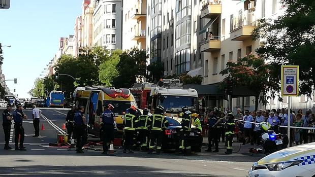 Imagen de la VTC que ha chocado contra un autobús
