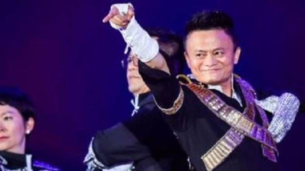 Jack Ma en su épico homenaje a Michael Jackson