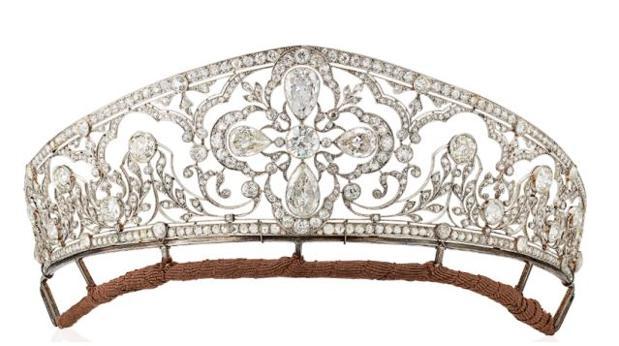 Tiara que perteneció a los Borbón-Dos Sicilias