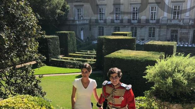 Fernando Fitz-James Stuart y Solís y Sofía Palazuelo, ayer, tras darse en «sí,quiero»