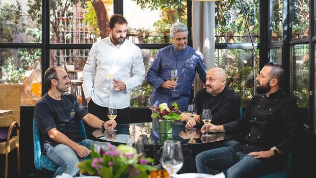 Mikel Población, Iván Morales, Fernando Canales, y Álvaro Castellanos