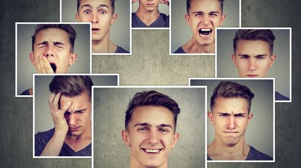 Los padres deben hablar con sus hijos sobre las emociones y cómo encajarlas en cada situación de la vida