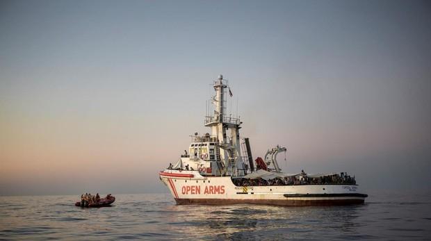 El buque Open Arms en el Mediterráneo