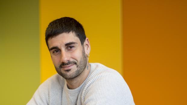 El cantante asturiano estará el sábado en Sevilla IGNACIO GIL