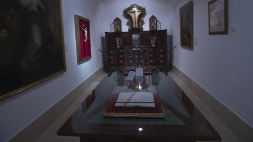La mesa donde Fernando VII firmó la Constitución de 1812.