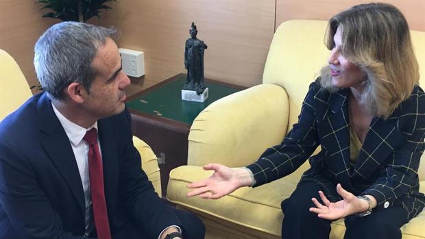 Pacheco y Mestre, durante el encuentro.