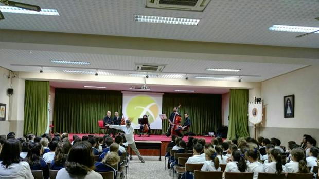 El colegio utrerano de la Sagrada Familia pone en marcha a lo largo del año numerosos eventos culturales