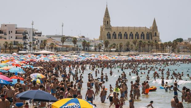 La playa de Regla en Chipiona.