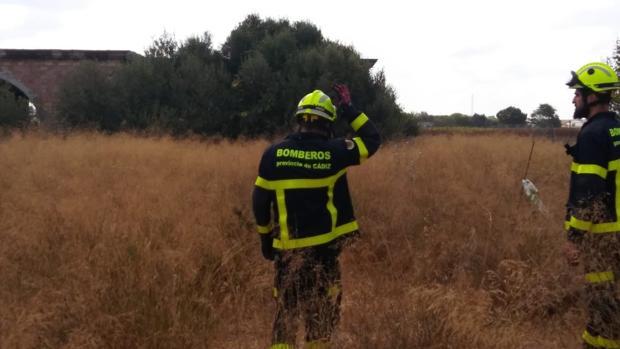 Los bomberos han rescatado al operario