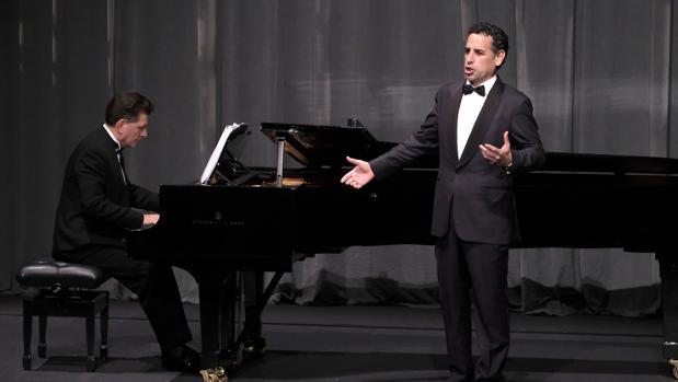 Una de las actuaciones de Juan Diego Flórez en Sevilla.