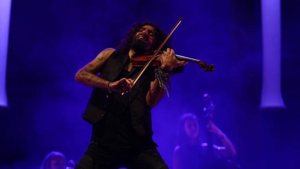 Ara Malikian en uno de sus conciertos en Cádiz.