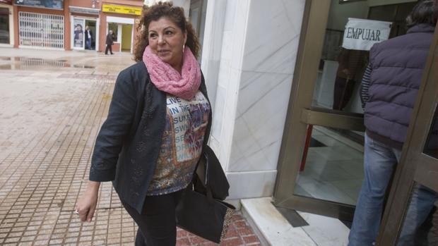 Pilar Tubío, en 2016, entrando en los juzgados de San José.
