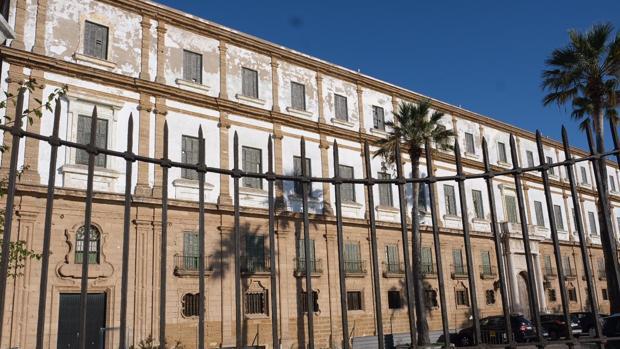 La rehabilitación del edificio de Valcárcel tendrá que financiarse con fondos propios de la UCA.