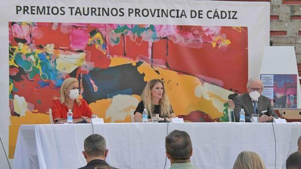 Ana Mestre anuncia los premios taurinos para la provincia de Cádiz