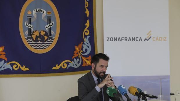 La venta de suelo y la llegada de nuevos clientes salvan las cuentas de Zona Franca