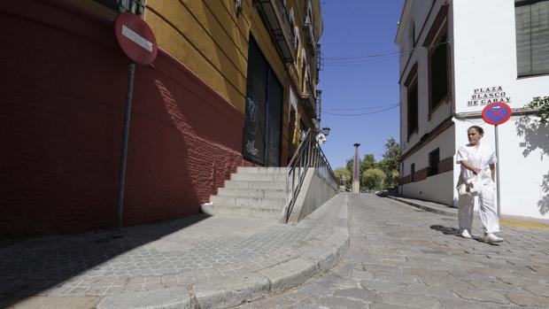 Calle con mucha pendiente desde Torneo a la Plaza Blasco de Garay