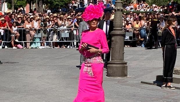 Nati Abascal, a su llegada a la Catedral de Sevilla