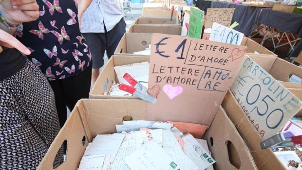 Las cartas se venden al módico precio de 1€ cada una