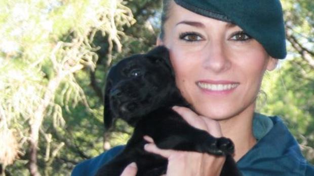 Raquel será la guía del perro que será «bautizado» como Thor