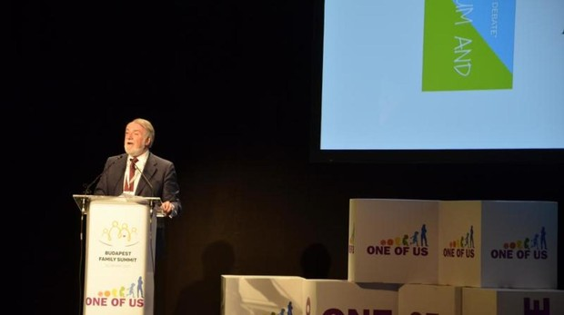 Jaime Mayor Oreja, en el II Foro One of Us en Budapest