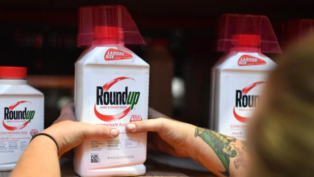 El matrimonio había estado usando el herbicida «Roundup» de Monsanto durante unos 30 años en su jardín